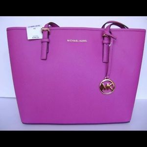 Jet Set Travel Fuschia Medium Tote Leather